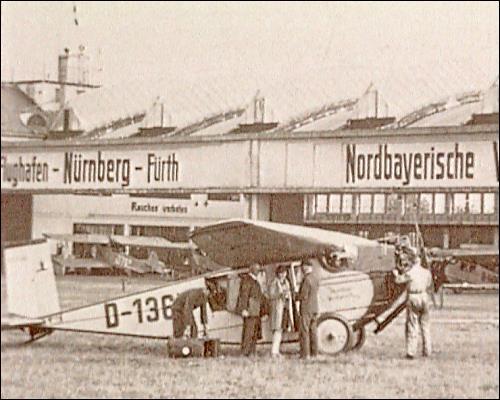 historisches Foto vom Flugbetrieb in Fürth-Atzenhof