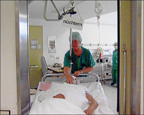 Nasen-Operation für die Karriere