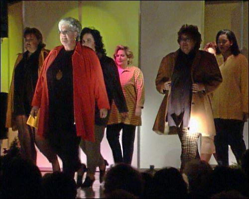 Dick ist schick - Der Verein organisierte eine Modenschau speziell für übergewichtige Frauen