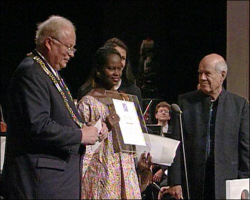 Fatimata M'Baye erhielt den Menschenrechtspreis für ihren persönlichen Einsatz im Kampf gegen Unterdrückung und Sklaverei in Mauretanien