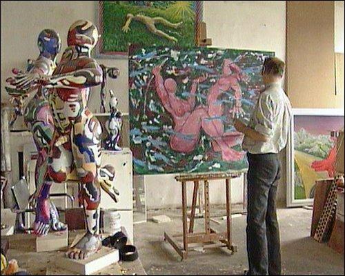 Der Maler und Bildhauer Peter Fidel ist schon seit 17 Jahren auf dem Areal ansässig