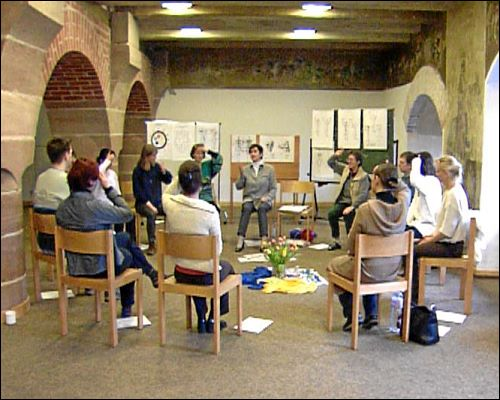Die Selbsthilfegruppe beim monatlichen Treffen