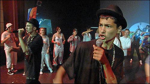 Die Rapper beim Auftritt in der Stadthalle