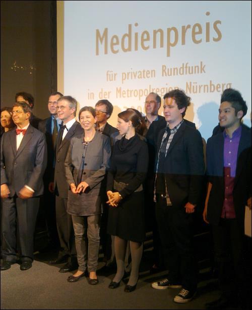 Julia Thomas (vordere Reihe links) bei der Preisverleihung