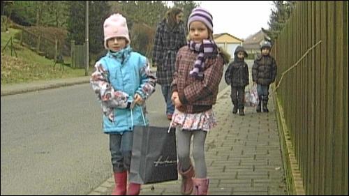 Auch die Kinder können nur im Dorfladen 'shoppen' gehen