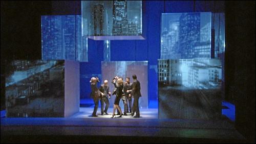Szenenbild aus »Enron«
