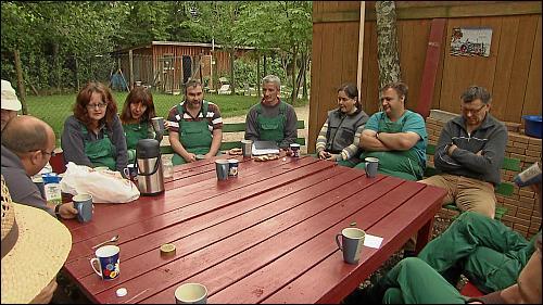 Teambesprechung im Grünen Bereich der WAB Kosbach