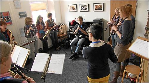 Mit den Musikworkshops versuchen die Dozenten, neben der Musik auch ein Stück jiddische Kultur am Leben zu erhalten