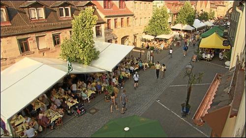 Die Gustavstraße mit der wechselvollen Vergangenheit liegt heute zwar nicht mehr im Herzen von Fürth, wohl aber den FürtherInnen am Herzen.