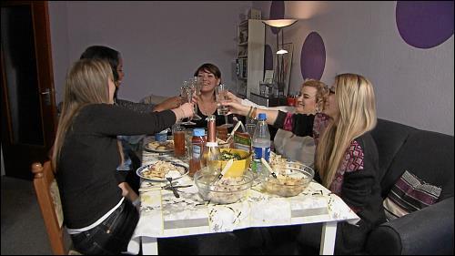 Alinas Freundinnen zu Besuch - alle haben einen Migrationshintergrund