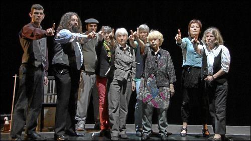 Respekt! - ist das, was sich die Teilnehmer des Theaterprojektes der Straßenkreuzer Uni wünschen