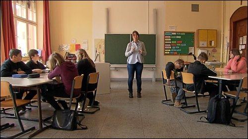 In den meisten Schulstunden steht auch für Klassen, in denen viele Schüler einen erhöhten Förderbedarf haben, nur eine Lehrkraft zur Verfügung