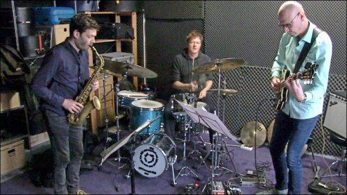 Die Band »Der Rote Bereich« ist aktuell mit Christian Weidner am Saxophon und Oliver Steidle am Schlagzeug besetzt