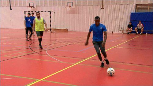 Fußball ist Tahas größtes Hobby. Er spielt bei der SGV Nürnberg-Fürth 1883.