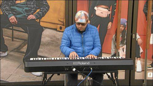 Roland Hegedus: Alle Veranstaltungen und Konzerte sind abgesagt und nicht in allen Städten darf man mehr Straßenmusik machen.