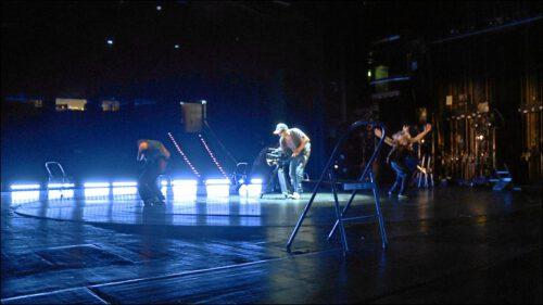 Die Kamera war bei allen Aktionen auf der Bühne mitten im Geschehen. Die Künstler ließen sich darauf ein.